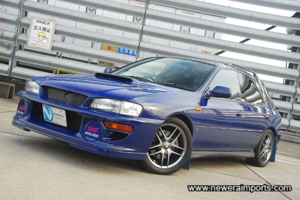 22B front bumper / spoiler is fitted.