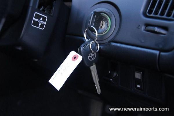 All original keys incl. valet.