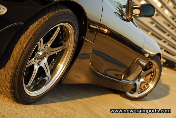 Mazdaspeed original skirts and BIM creative 17'' alloys.