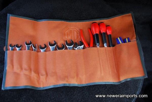 Complete original tool kit.