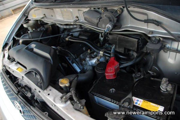 Toyota Turbo Diesel 3.0 engine - Same as is used for Landcruisers. VERY tough unit.