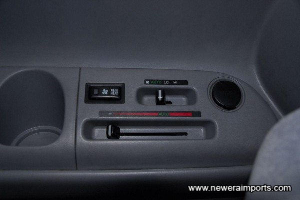 Dual climate control A/C system.