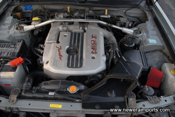 Neo RB25 DET engine - with variable valve timing. 280 bhp.