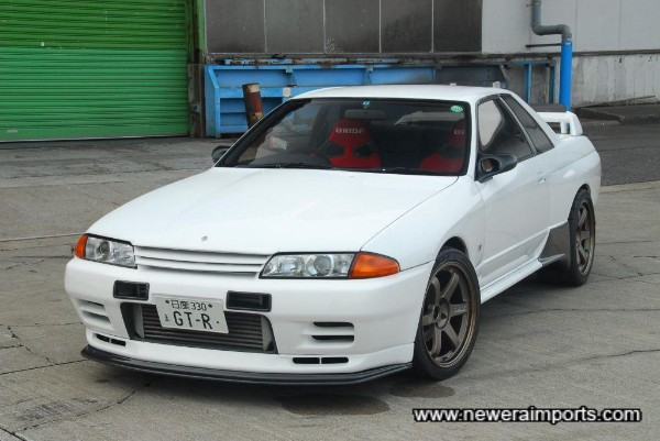 This stunning R32 GT-R was created by Newera as a special project in Japan.