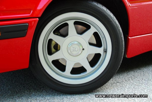 Note even the brake calipers are in asn new condition.