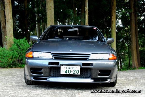 Note: original Nismo bumper vents.