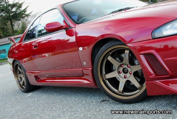 19 inch TE37's Very light Forged Alloy rims!