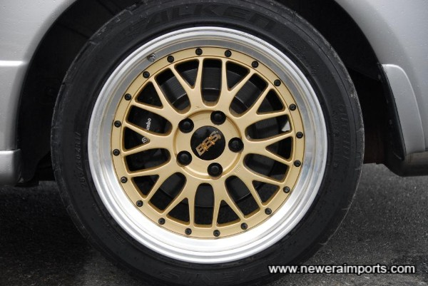 Brembo brakes - fron & rear.