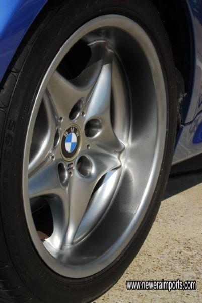 Deep dish wheels at the rear - no scratches at all to any wheel.