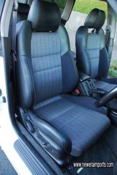 Driver's (electric) seat has no wear at all - in keeping with low genuine mileage.
