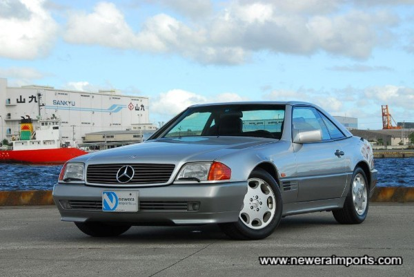 Condition of this car is like that of near new. Probably the BEST condition 500SL (W129) currently on sale.