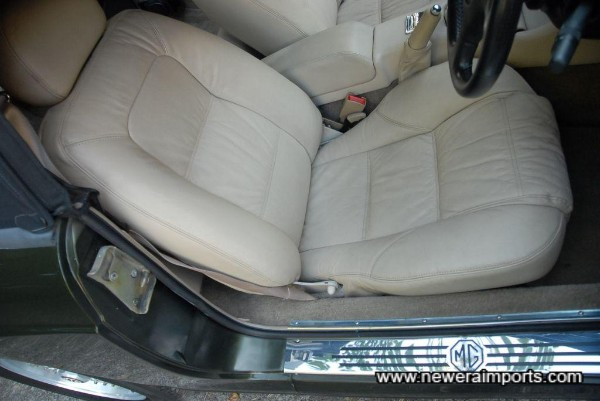 Driver's seat is in excellent unmarked condition - in keeping with very low genuine mileage.