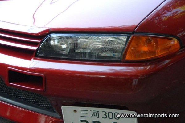 N1 original headlights & Nismo bumper duscts.