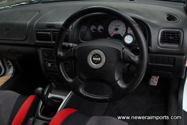 Momo SRS airbag steering wheel.