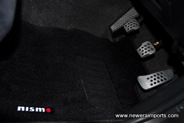 BNR34 alloy pedal set.