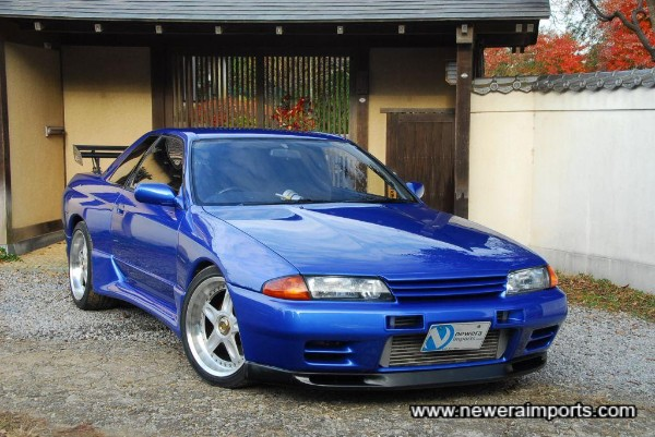 Trust Gracer bodykit accentuates the muscular lines of this car.