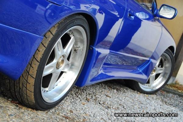 Trust Gracer R32 GT-R Genuine Aero parts.