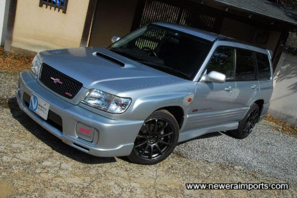 Forester Sti II Type M includes factory fitted bodykit (Polyeurethane is resistant to stone chips).