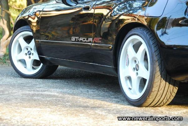 17'' O.Z. WRC replica wheels with Yokohama sports tyres.