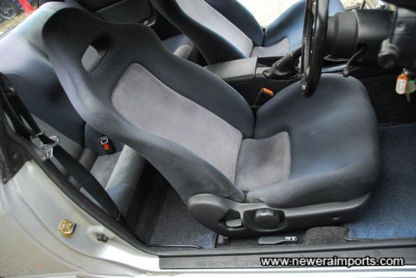 Driver's seat was stored whilst owner used a bucket seat previously, hence a different shade now.