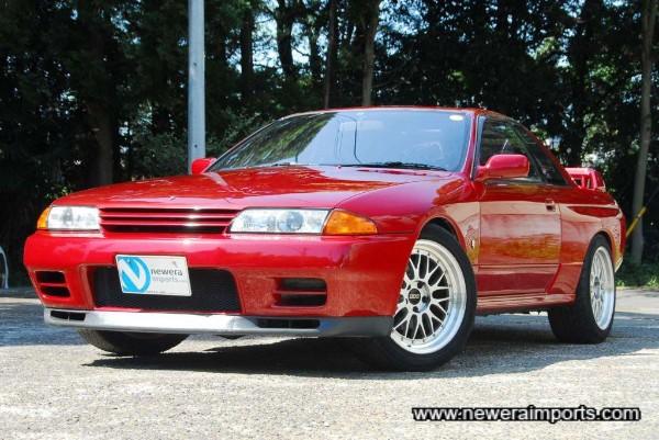 BBS LM 18'' wheels fill the arches beautifully on this R32 GT-R