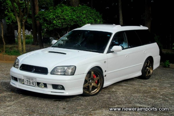 Stance looks uber cool with 18 inch TE37's factory bodykit and TEIN coilover suspension.