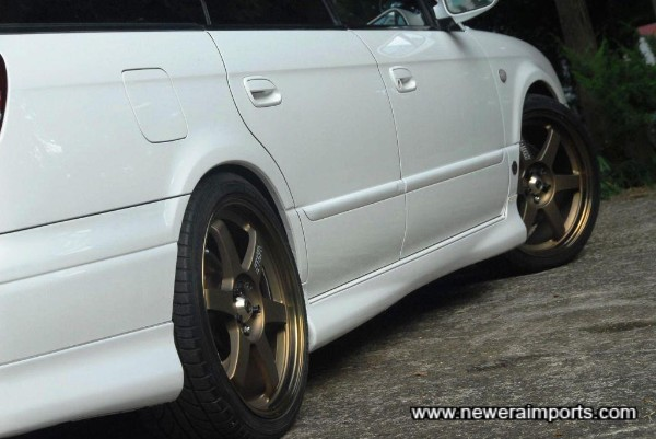 TE37's - some of the most desirable wheels of all for a Japanese performance car.
