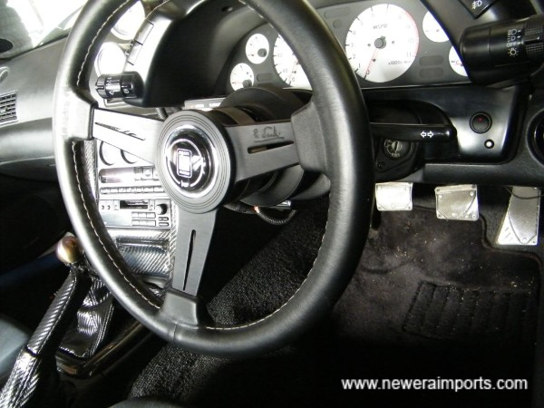 Nardi Classic steering wheel is barely used.