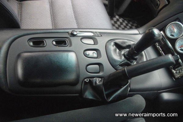 Boost controller is neatly integrated into the centre console.