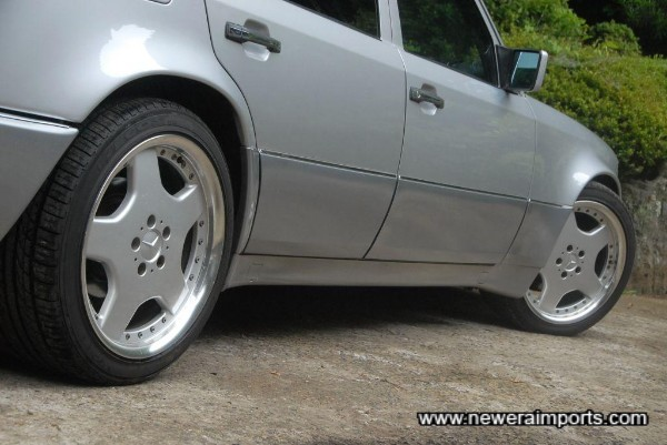 Wheels suit thia car well and fill the arches perfectly.