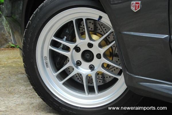 Brembo F50 brakes provide quality & strength in braking performance.