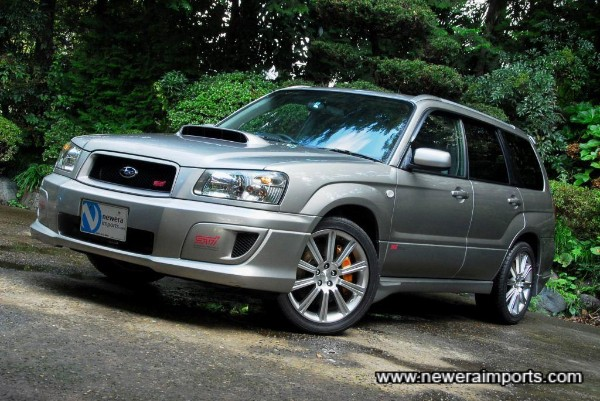 Original 18'' wheels suit the Forester STi 2.5 well.
