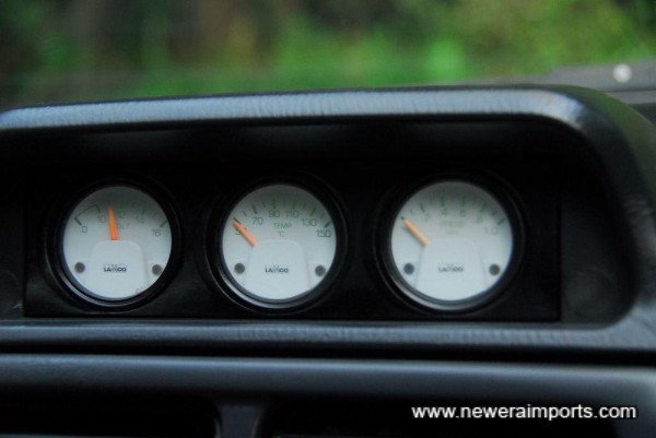 Original option LAMCO gauges. A very rare & nowadays desirable original extra,