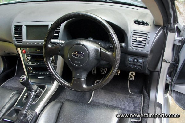 Leather Momo wheel has SRS