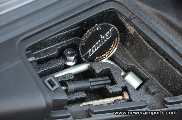 Tool kit contains RAYS locking nut key & also one spare wheel centre cap.