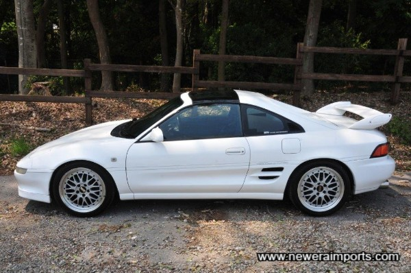 GT Turbo T-Bar Rev 4 & 5 is the most sought after & rarest spec of all SW20 MR2's!
