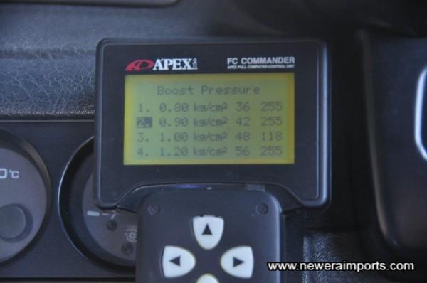 Apexi Power FC Commander. Boost set at 0.9 Bar (350 bhp)