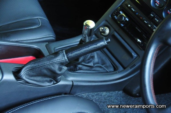New leather gaiters were also fitted along with a brand new Nismo shift knob.