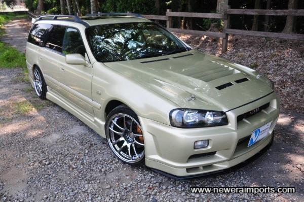 Genuine R34 GT-R Xenon headlights, front bumper, spoiler & under diffuser.