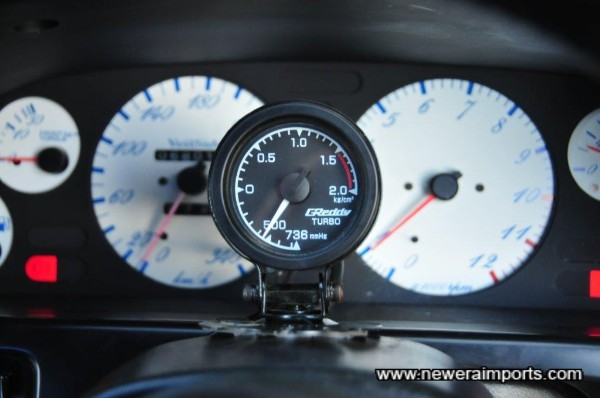 Greddy 52mm water temp gauge.