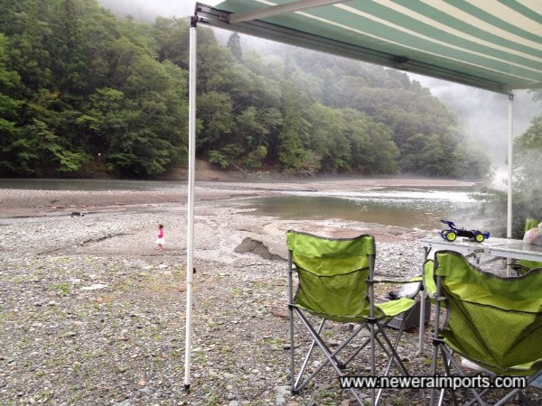 A picture taken with our own camper, also of the same model in the summer of 2014 in Oboke, Shikoku Island.
