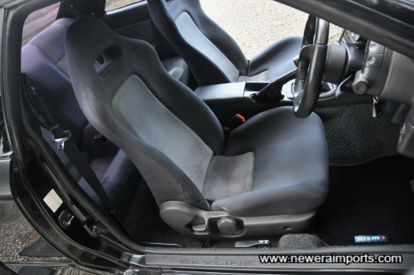 Driver's seat is unworn in keeping with low genuine mileage.