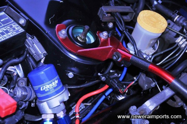 Nismo remote oil filter mount - very rare to see this cooling kit as they're very exoensive too!