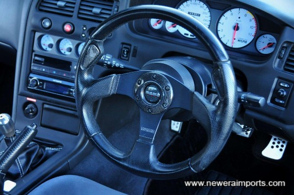 Steering wheel has some minor wear, mentioned & shown to give a complete report.