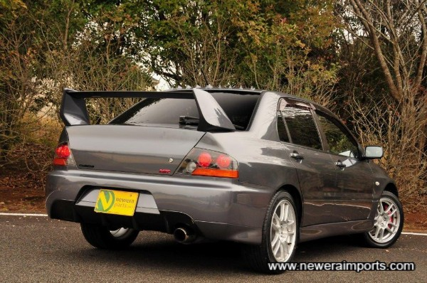 The Evo IX MR has a diffuser built into the rear bumper.