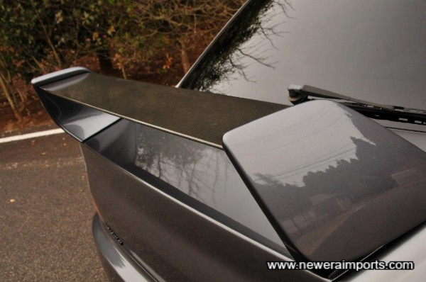 Original carbon blade on rear spoiler (MR feature)
