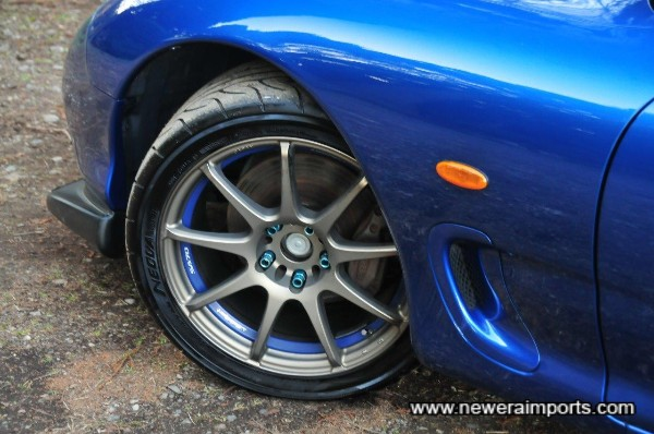 Wheels also include Wedsport blue anodised locking wheel nuts.